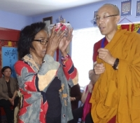 One of our Buddha pledgers affirms her pledge to her chosen Buddha statue.